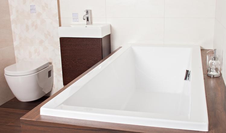 Плитка Paradyz Emilly, Hasel, унитаз Bocchi, мебель для ванной Elita, смеситель Grohe и ванная Besco